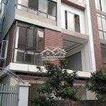 Cần bán nhà 30m2* 4 tầngtại la phù ô tô đỗ gần nhà