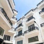 Nhà phố sổ hồng riêng xây sẵn chỉ trả trước 1,5 tỉ