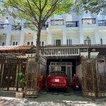 Nhà 1t2l+ st+ gara ôtô, hẻm 10m thông, đường tl40