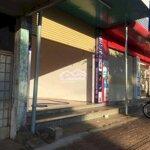 Trung tâm chợ , dân cư phường eatam