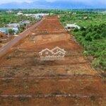 đất 2 mặt tiền cạnh khu homestay giá chỉ 3. 2 triệu/m2