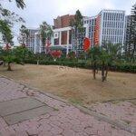 Bán lô góc 61m2 sau trung tâm hành chính quận