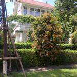 Tôi cần cho thuê hoặc bán căn 300m2 tại xanh villas gần suối