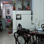 Nhà đẹp Thịnh Quang về ở luôn. Ngõ nông, rộng. TTQ Đống Đa. LH: 0377254194.