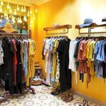 Nhượng shop thời trang phố hàng hòm: 30m2 x 2 tầng, mt: 4m, thông sàn, đoạn đẹp, riêng biệt. lh: 0339595755