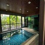 Biệt Thự Nhà Vườn - Thang Máy - Bể Bơi Bốn Mùa
