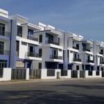Cần bán lỗ thu hồi vốn căn nhà phố 5x20 tại khu đô thị đông tang long q9 với giá 6,8 tỷ