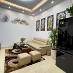 Nhà mới tinh tươm Trương Định, 4 tầng, 2 ngủ, 2,35 tỷ.