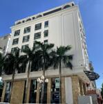 Chính chủ cho thuê nguyên toà khách sạn 03 mặt tiền phố nguyễn hoàng rộng 30m xây mới