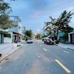Bán lô đất đường trần kim xuyến- kẹp vệt cây xanh