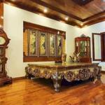 Bán biệt thự sân vườn mặt ngõ 79 Dương Quảng Hàm 152m MT 8.5m trên 10 ty 0969040000