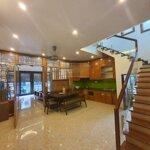 Cần bán nhà 3 tầng đẹp ở đường nguyễn đình chiểu - tp. hải dương. giá mềm