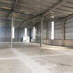 Cho thuê nhà xưởng 200m2, mặt tiền 10m, đường xe container vào tận nơi