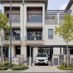 Cho thuê nhà phố swan park 3 phòng ngủfull nội thất giá bán 15 triệu/tháng
