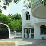 Cho thuê villa 430m2 sân vườn,trệt 1 lầu 4pn thảo điền quận 2