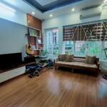 SIÊU HÓT,  nhà PL Nguyễn Phong Sắc, ngõ kinh doanh sầm uất. 28m2, 3,5 tầng 2,75 tỷ.