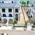 Biệt Thự Ven Sông Sài Gòn - Thành Phố Mới