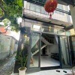 Cho thuê nhà 3 tầng gần hoàng thị loan