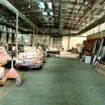 * bán đất sổ hồng có nhà xưởng, cẩu trục 2000m2x18tr/m