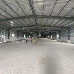Cho thuê kho xưởng gần công viên yên sở,diện tích1500m, có pccc, xe công đỗ cửa. giá 75k/m. 0916138204