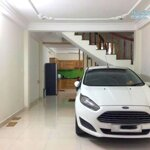 Cho thuê nhà hẻm xe hơi xô viết nghệ tĩnh , 4*17 , 2 lầu , 3 phòng ngủ, 16 triệu / tháng
