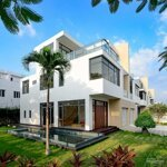 Cơ hội sở hữu căn biệt thự đơn lập với hơn 1.000m2 đất tại khu biệt thự lucasta villa liên hệ: 0909121556