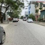 Bán đất đấu giá tổ 7 Cự Khối, mặt đường chính cực đẹp, đang thông đường lớn.