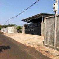 Cho thuê nhà xưởng xã hoà xuân rộng 1200m2 LH: 0982898381