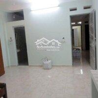 Chính chủ cho thuê căn hộ 35m2 tại ngõ 204 đường Trần Duy Hưng - giá chỉ 4,8 triệutháng LH: 0985466872