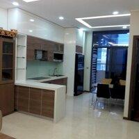 Cần bán nhanh căn hộ 2 phòng ngủ, Tràng An compelx- view hướng Nam, Giá 3 tỷ 4 LH: 0946366127