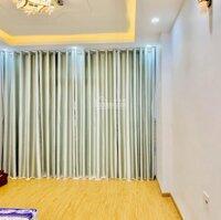 Bán nhà vào ở ngay HXH 10m đẹp nhất đường Nguyễn Hồng Đào , DT : 605 x 805m giá chỉ : 107 tỷ LH: 0904208012