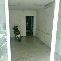 Nhà cho thuê trường sa LH: 0908854575