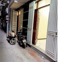 Nhà đẹp ô tô đỗ cửa Phố khương Trung 25m2, chỉ 2 LH: 0964597190