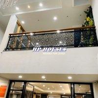 Nhà Cho Thuê MT QTân Bình__6 Lầu__Thang Máy LH: 0909001378