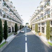 bán nhà mới xây kiểu dáng Châu Âu đẹp nhức nhối ngay Tô Ngọc Vân Lh nhanh 0981392801