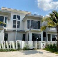Biệt thự nghỉ dưỡng siêu tiện nghi và an ninh LH: 0961156335