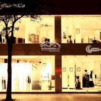 Cho thuê nhà mặt phố Nguyễn Đức Cảnh đoạn tập chung nhiều thương hiệu thời trang Mt: 8m DTSD: 300m LH: 0936658669