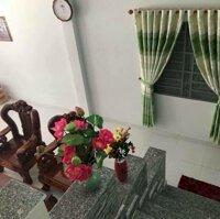 bán căn nhà mặt tiền đường chính khu công nghiêp LH: 0337667557