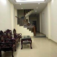 Cho thuê căn nhà riêng mặt ngõ 97 Nguyễn Chí Thanh, Diện tích 45m2 x 4 tầng, giá 13 trtháng LH: 0943154291