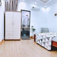 Phòng 25m2 Ngay hàng xanh full nội thất LH: 0968085353