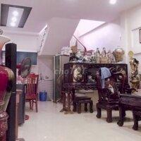Bán nhà ngõ Tôn Đức Thắng, gần trường cấp 23 LH: 0869192586