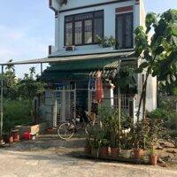 Bán gấp nhà 2 tầng nằm ngay trung tâm khu đô thị đông dương, tại Lương Sơn, Hòa Bình LH: 0902247298