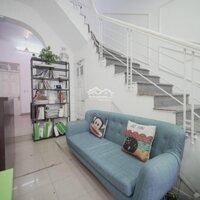 Cho thuê nhà phố đỗ quang Nguyễn thị địnhcầu giấy LH: 0948377838