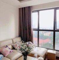 chính chủ cần cho thuê 2 căn 2PN và 3PN Rivera Park đồ CB và full, giá 8trth LH: Hoa 0909626695