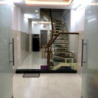 Nhà lầu trống tầng 1 thuê ở được liền LH: 0911480880
