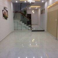 Kinh doanh thua lỗ bán gấp căn nhà 2 lầu 132m2 LH: 0703891026