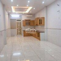 Phòng trọ mới xây 30m2 ngay trung tâm Quận 4 LH: 0983260691