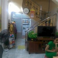 Bán nhà 3 tầng sạch sẽ gọn gàng ở Miếu Hai Xã LH: 0904056366