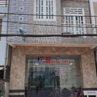 Nhà trệt, lầu, mặt tiền đường Lê Hồng Phong- Ngang nhà máy Nhiệt Điện Trà Nóc- DT: 60 m2- Giá 32 tỷ LH: 0915242833