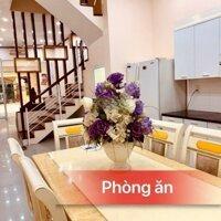 Cho thuê nhà riêng khu vực Văn Cao ô tô đỗ cửa LH: 0906075596